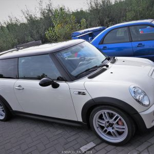 MINI Cooper on Ultralite F1
